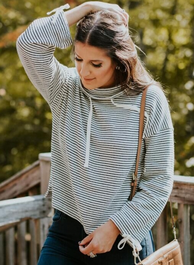 Top Stripes Funnel Neck Pullover