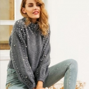 Round Neck Loose Hand Pearl Decorative Knitted Sweater
